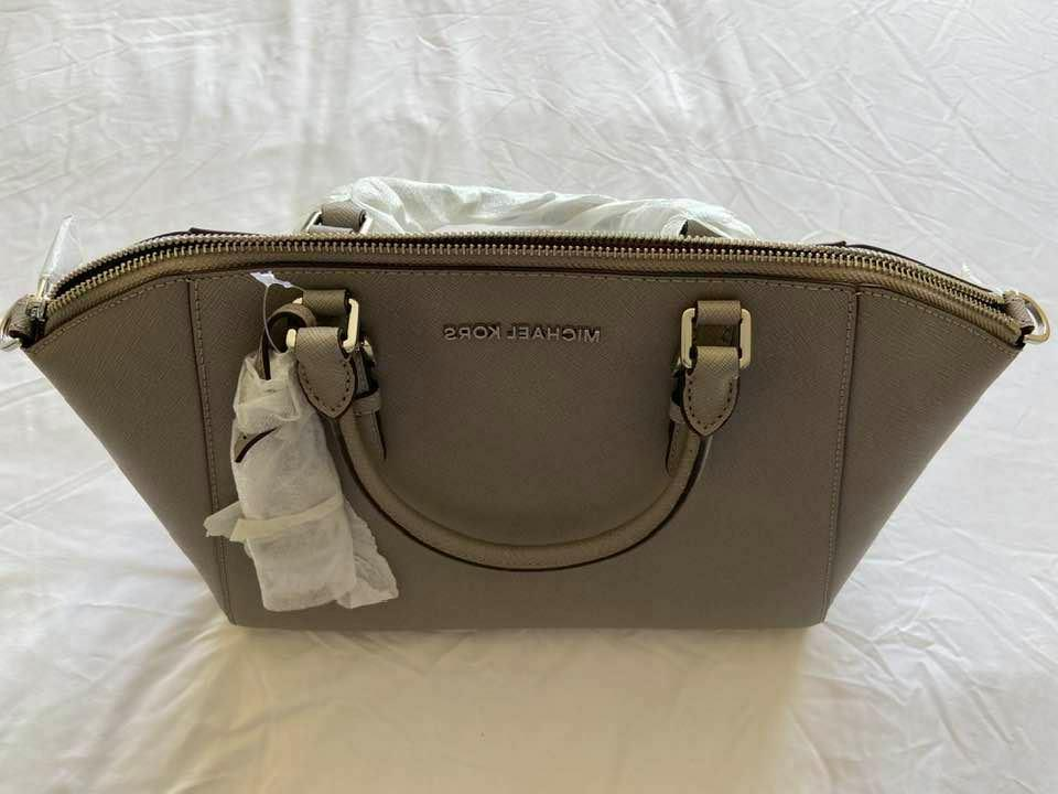 Michael Kors Large Saffiano Leather Pearl Grey