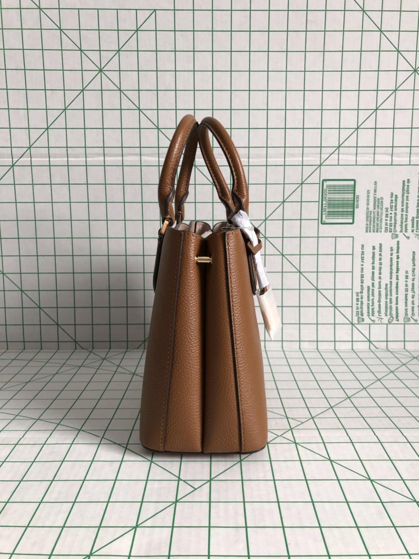 medium Mercer Messenger Leather