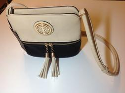 NWT Deluxity Ivory & Black Lightweight Crossbody Purse / Han
