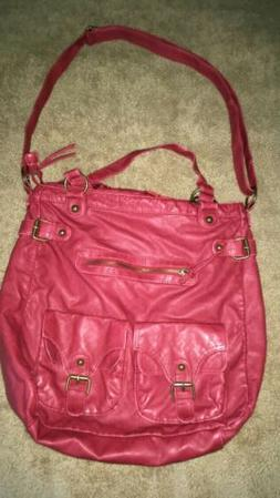 Charming Charlie Purse  With Lots Of Pockets/Zipper's, Ins